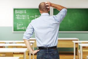 Rząd zabiera nauczycielom dodatek wyrównawczy. Związki zaskoczone, samorządy zadowolone