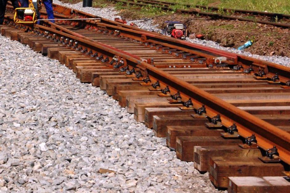 Pociągi: PKP modernizują linie do Niemiec, na Ukrainę, Litwę i do Czech