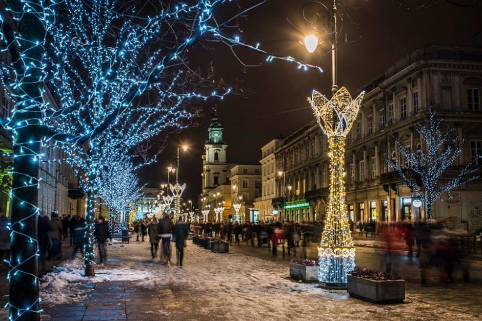 Iluminacje i ozdoby świąteczne w miastach 2016: Klimat świąt zapanował na dobre