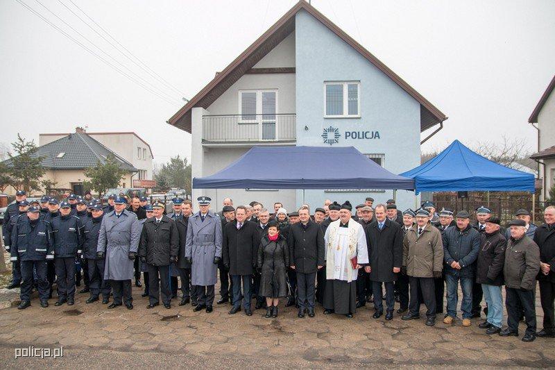 W uroczystościach brali udział wiceszef MSWiA, wojewoda kujawsko-pomorski, ale też przedstawiciele lokalnych samorządów. (fot. mat. policji)
