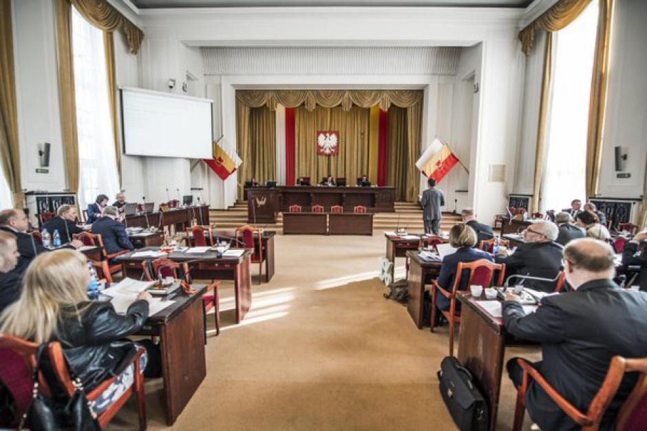 Łódź: Radni przeciwni likwidacji gimnazjów