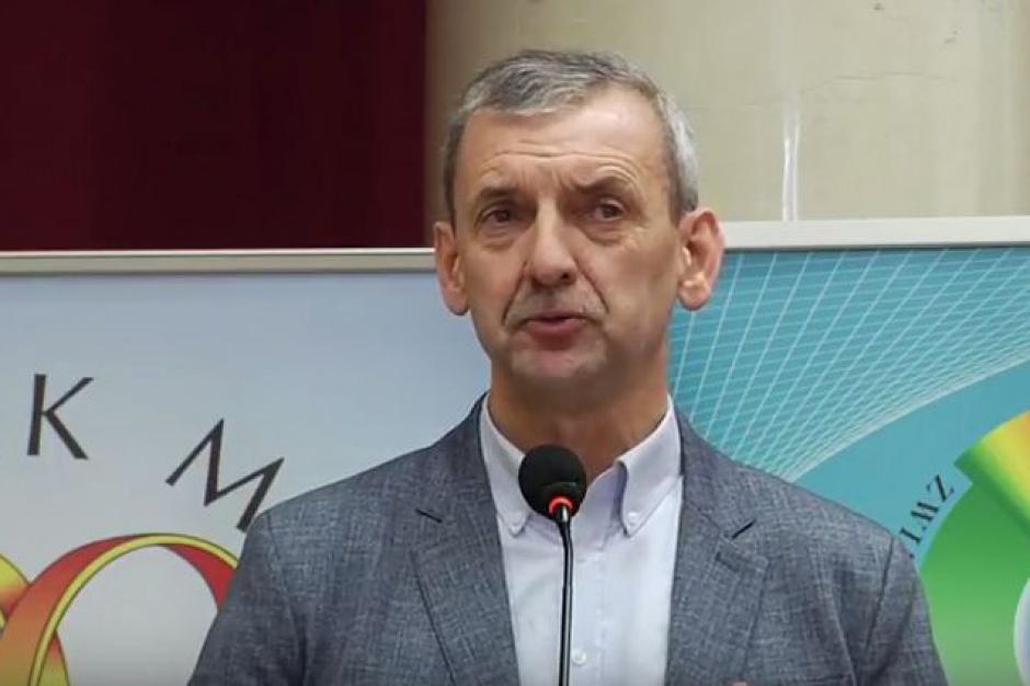 Reforma oświaty, likwidacja gimnazjów. Broniarz apeluje do prezydenta Dudy