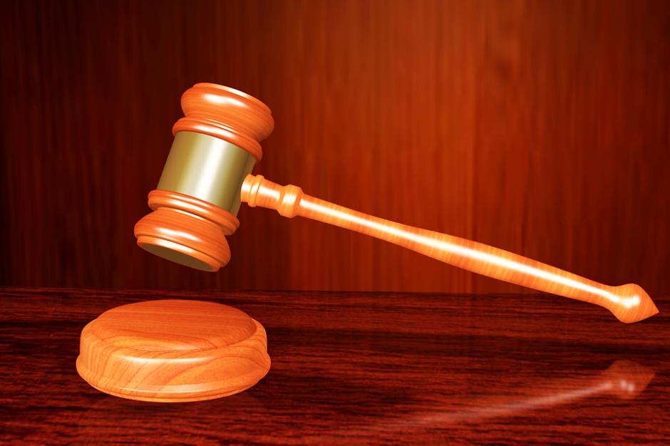 Wadowice: prokuratura postawiła zarzuty za spoliczkowanie burmistrza