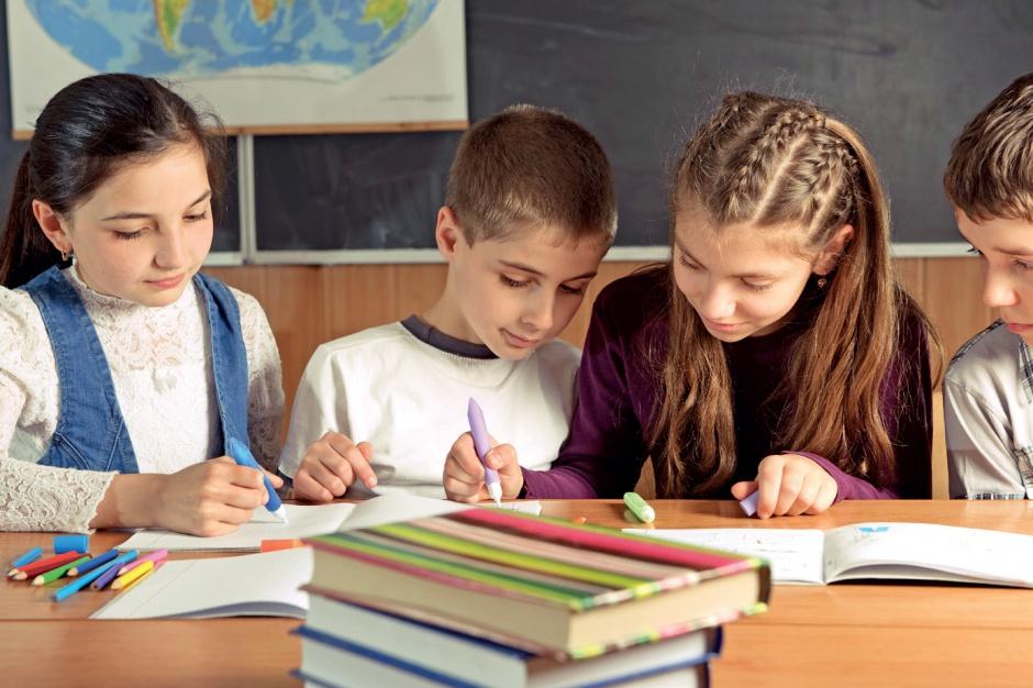 Uczniowie polskich szkół spoza Polski z ulgami na transport