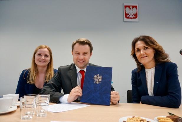 Ponad 710 mln zł na polski transport