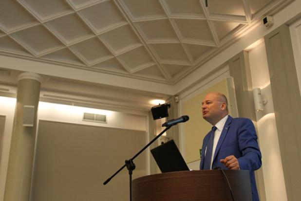 Wiceminister rozwoju: Potrzebna mobilizacja w wykorzystaniu środków UE, zwłaszcza w programach regionalnych