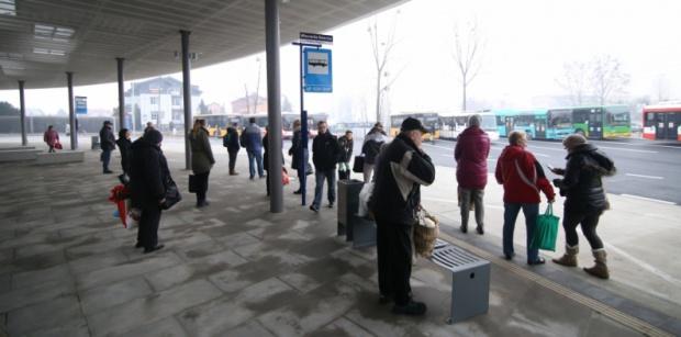 Zakończona przebudowa dworca autobusowego w Piekarach Śl.