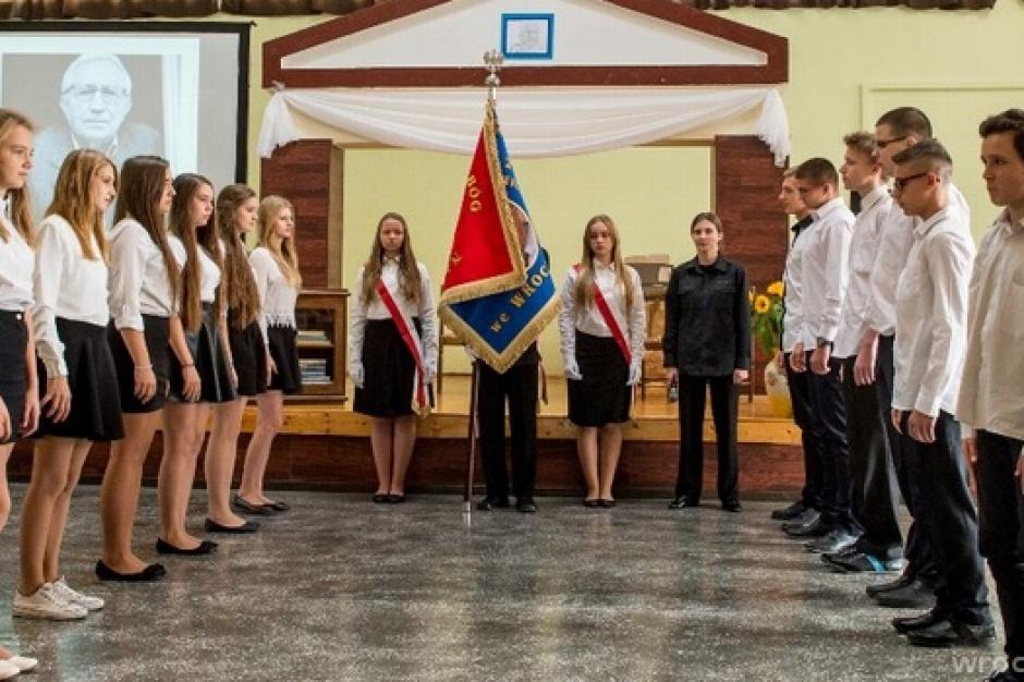 Likwidacja gimnazjów, reforma oświaty: Wrocław przedstawił projekt nowej sieci szkół