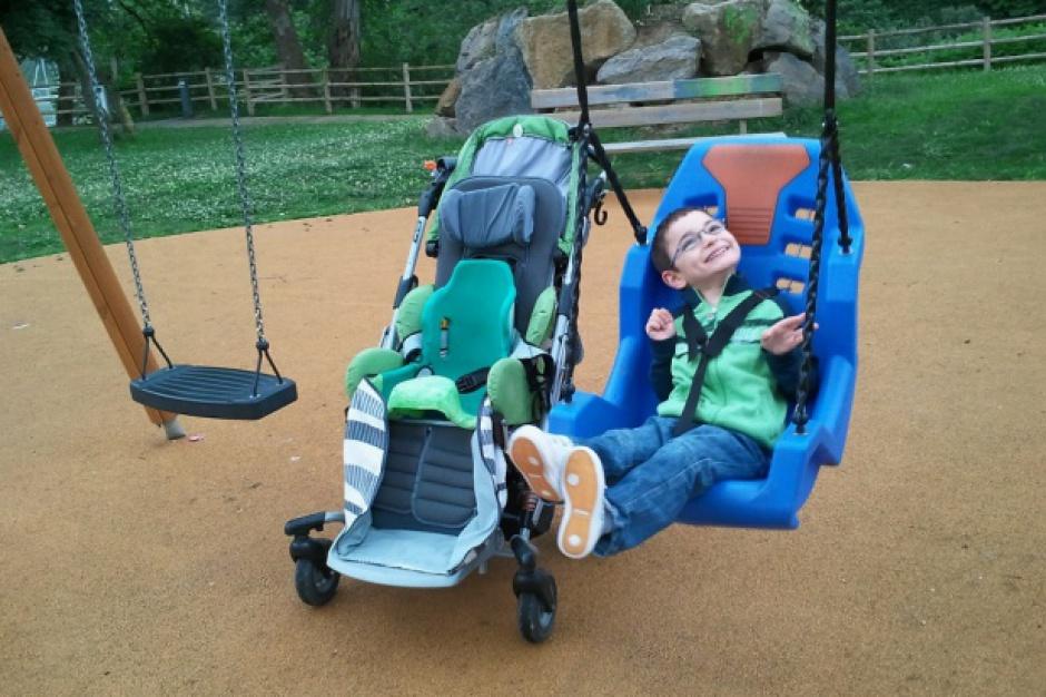 Dwa świadczenia dla rodziców opiekujących się niepełnosprawnymi dziećmi