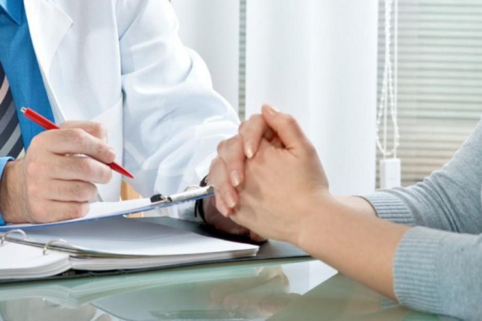 Dostęp do lekarza rodzinnego dla nieubezpieczonych. Za darmo tylko dla oszustów?