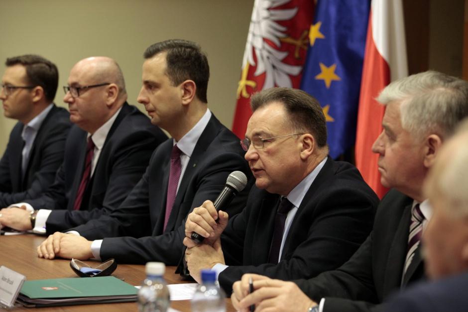 Samorządowcy utworzyli Ruch Obrony Polskiej Samorządności