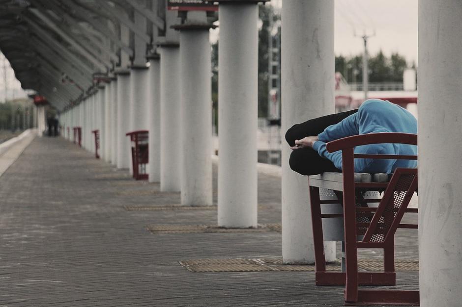 Mróz: MRPiPS przypomina, by nie być obojętnym na bezdomnych
