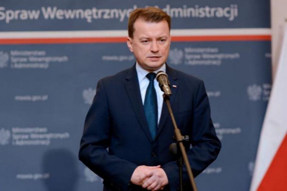 Zamieszki w Ełku, Błaszczak: Policja nie reagowała od razu, by nie generować większych konfliktów