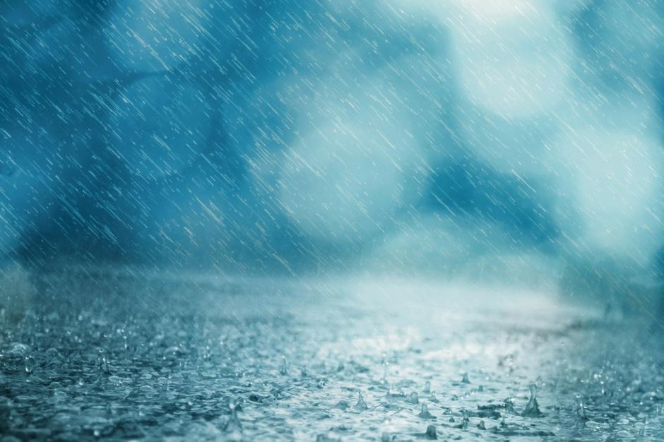 Zachodniopomorskie: Przerwane wały przeciwpowodziowe i wysoki stan wody po wichurach