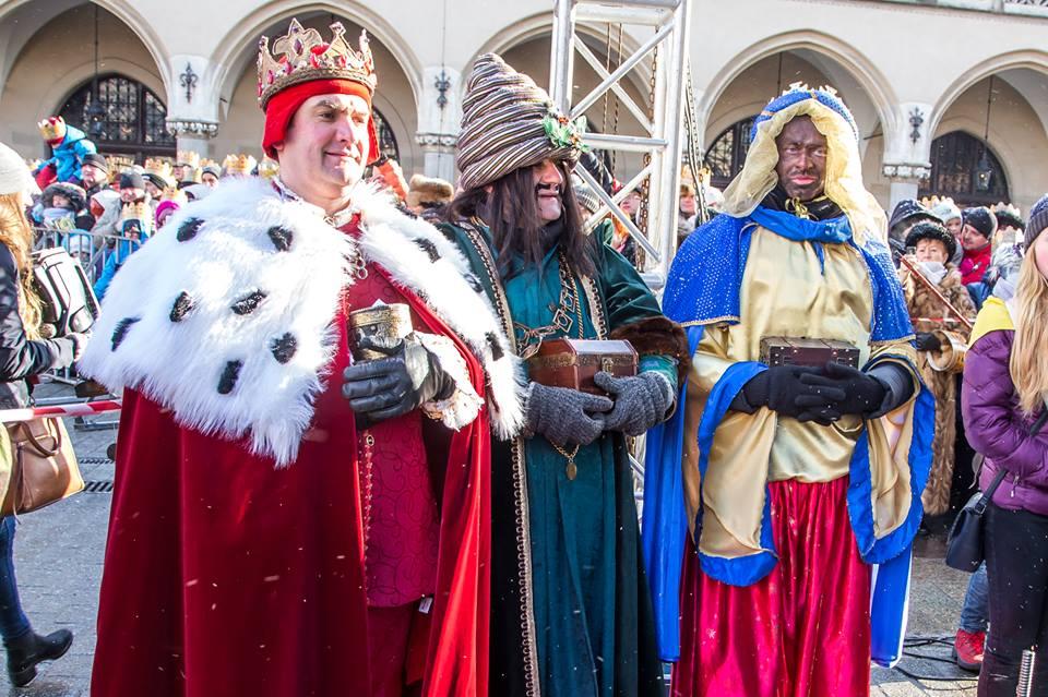 Podobnie jak w przednich latach orszak Trzech Króli miał wymiar charytatywny. (fot. krakow.pl)