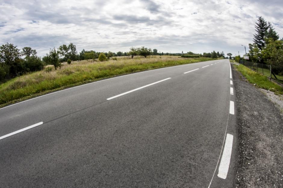 Kujawsko-pomorskie: 900 mln zł na przebudowę tras wojewódzkich