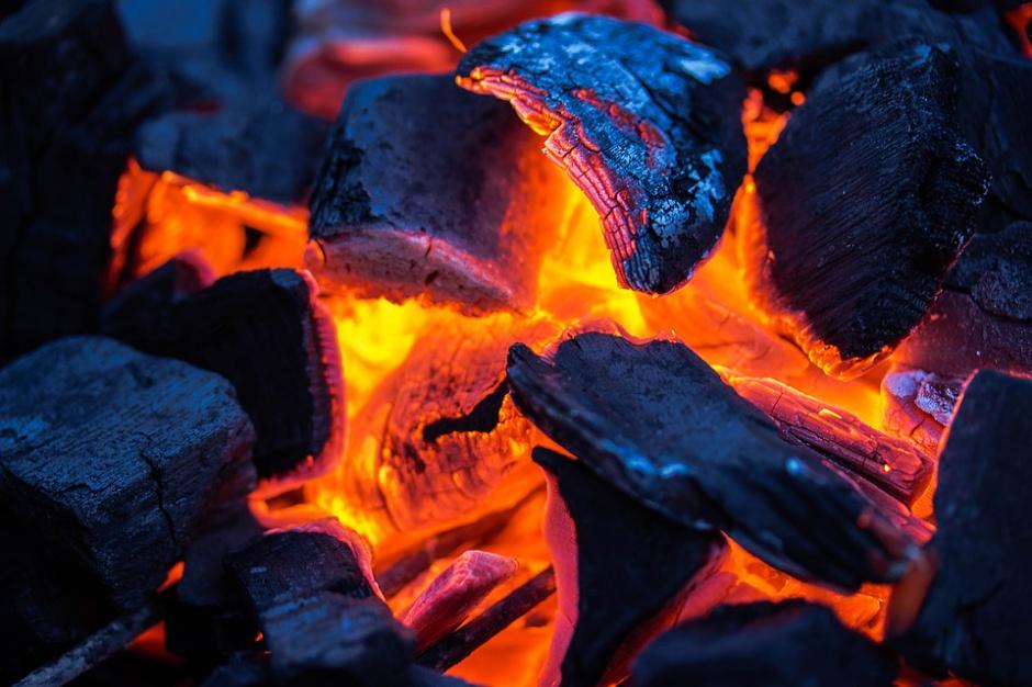 Zanieczyszczenie powietrza: apel prezydenta Bytomia w sprawie pieców