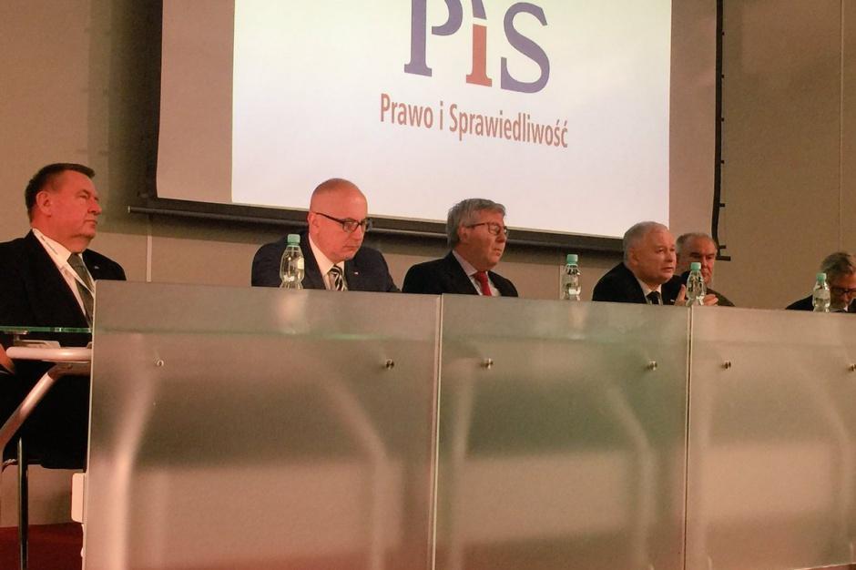 PiS przygotowuje się do wyborów samorządowych: 400 osób na spotkaniu z Kaczyńskim