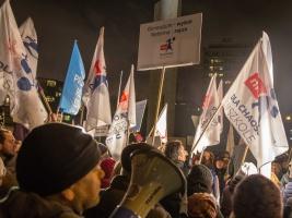 Huczny protest przeciwko zmianom w oświacie