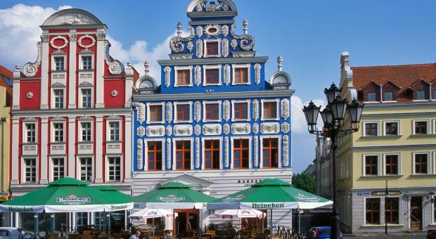 Szczecin rekrutuje: 2 tys. miejsc pracy w Amazon i Zalando