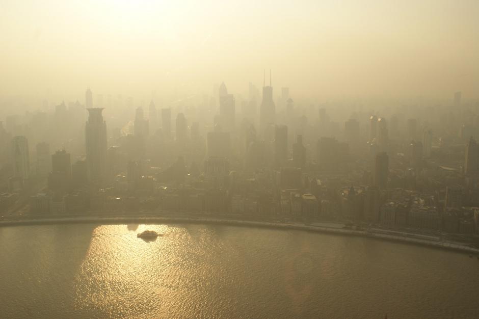 Smog: Komitet Energii Elektrycznej proponuje walczyć elektromobilnością z zanieczyszczeniem