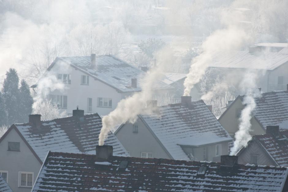Smog, zanieczyszczenie powietrza: Można dostać dofinansowanie nie tylko do wymiany pieców