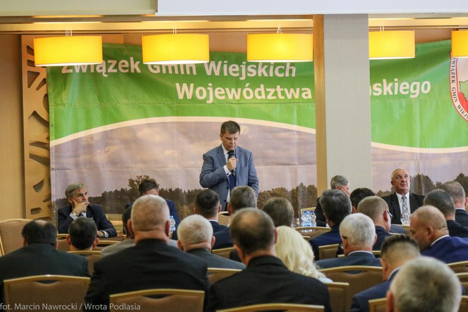 """Ograniczenie kadencyjności wójtów, burmistrzów. Gminy wiejskie do PiS: """"Zaniechajcie politycznych manipulacji"""""""