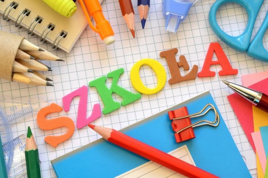 8-klasowa szkoła podstawowa: Są nowe ramowe plany nauczania. Ile godzin na język polski czy matematykę?