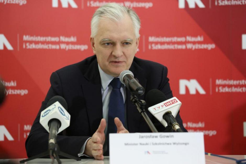 Kadencyjność w samorządach, Gowin: Samorządowcy będą przechodzić do polityki