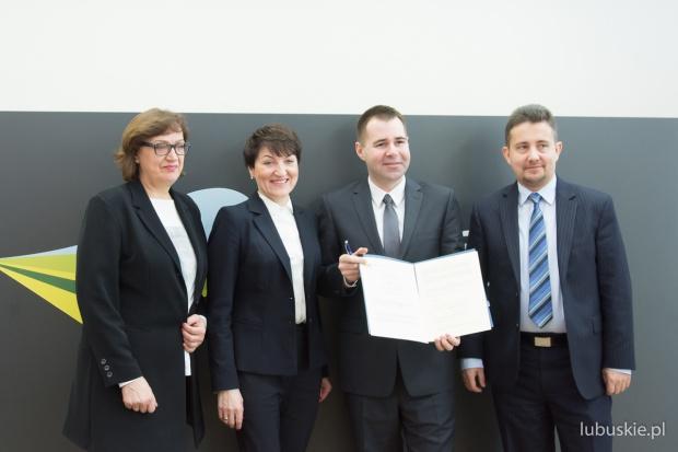 Podpisanie listu intencyjnego (fot.lubuskie.pl)