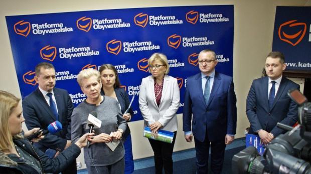 Śląska PO: Ws. walki ze smogiem konieczne są rozwiązania systemowe