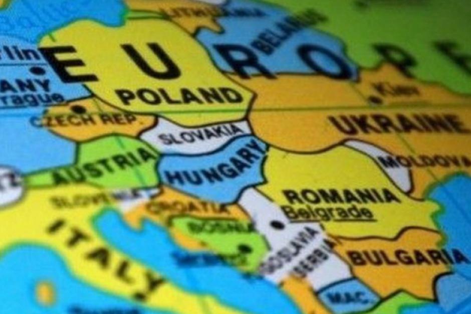 Imigranci zalewają Polskę. Rekordowa liczba zezwoleń na pracę