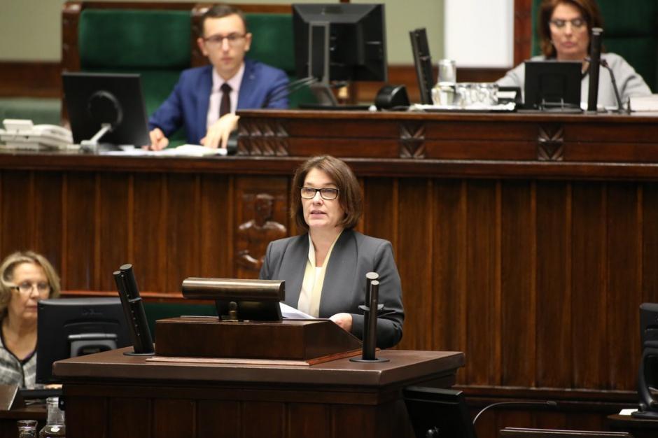 PiS zapewnia: Nie ma mowy o skracaniu obecnej kadencji samorządów