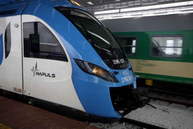 Koniec darmowych przejazdów pociągami Kolei Śląskich z powodu smogu