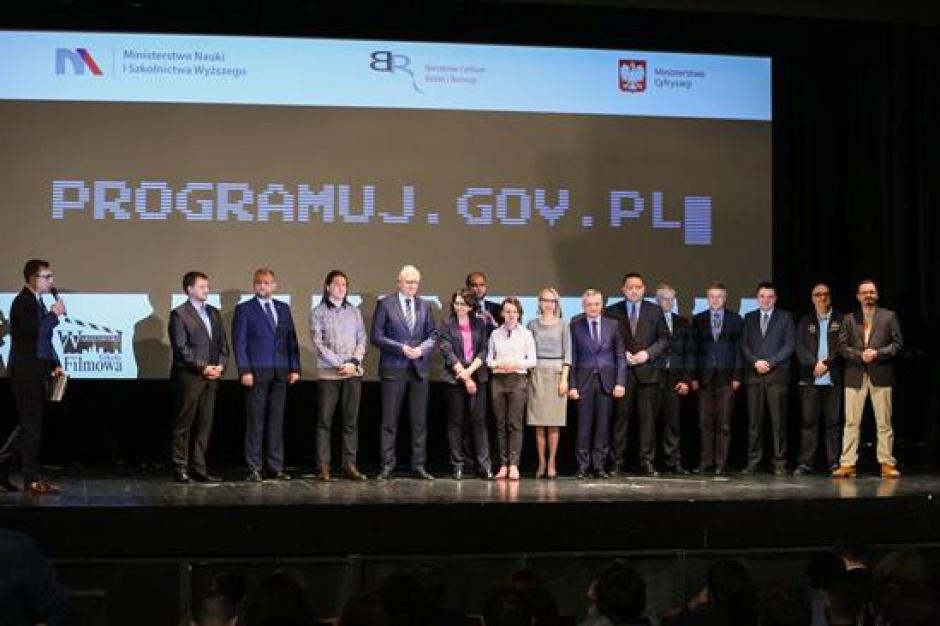 Tworzenie gier fajniejsze niż granie: akcja programuj.gov.pl