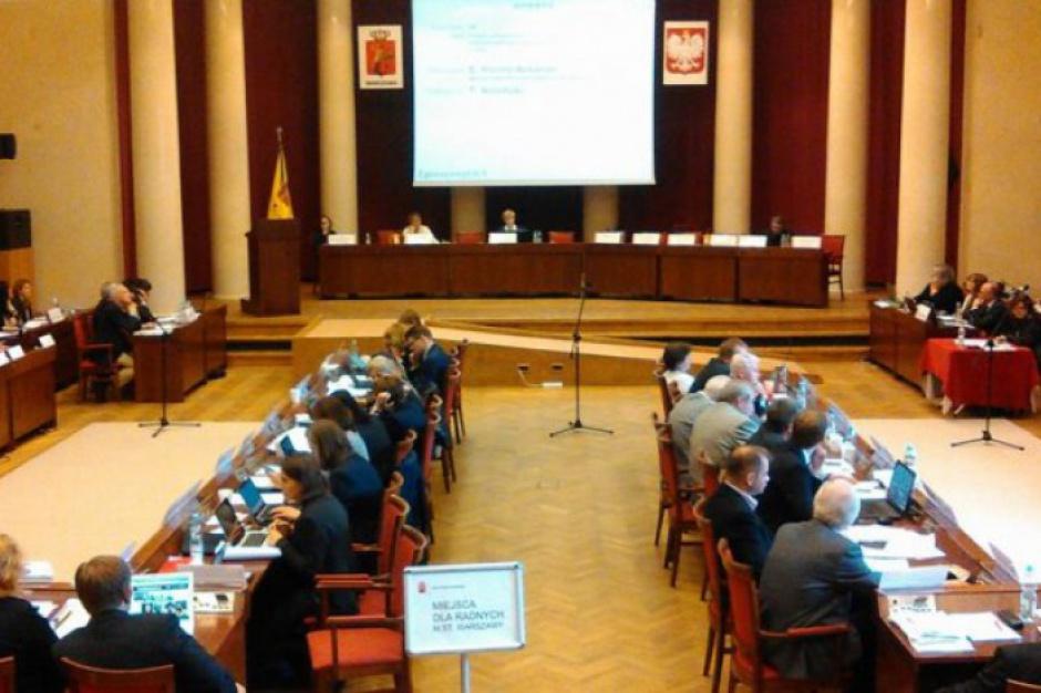 Posiedzenie Rady Warszawy nt. zmian w ustroju miasta i reprywatyzacji