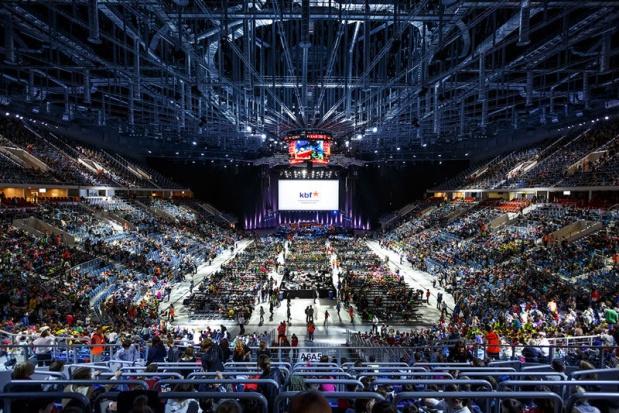 Stadiony i hale widowiskowe w Polsce: Koszty są duże, ale to gra warta świeczki