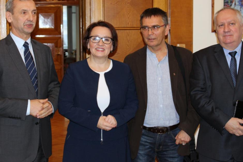 Sławomir Broniarz: ZNP nie zrezygnuje z referendum w sprawie reformy edukacji
