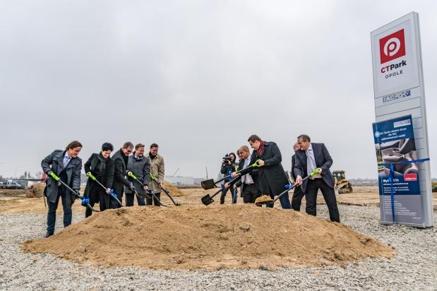 Fabryka kokpitów samochodowych w Opolu: Nowy pracodawca zatrudni setki osób