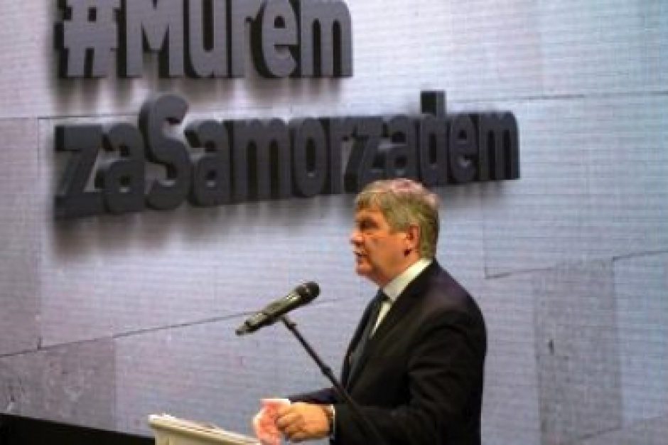 Łódzkie: Wójtowie, burmistrzowie i prezydenci w obronie samorządów