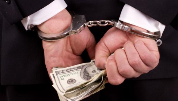 Zarzuty przestępstw urzędniczych dla trzech zatrzymanych ws. reprywatyzacji