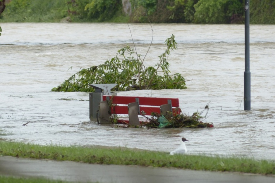 Klęski żywiołowe: Szacowania szkód obciążeniem dla gmin wiejskich