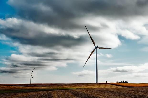 Jak naliczać podatek od wiatraków? Samorządowcy mają problem