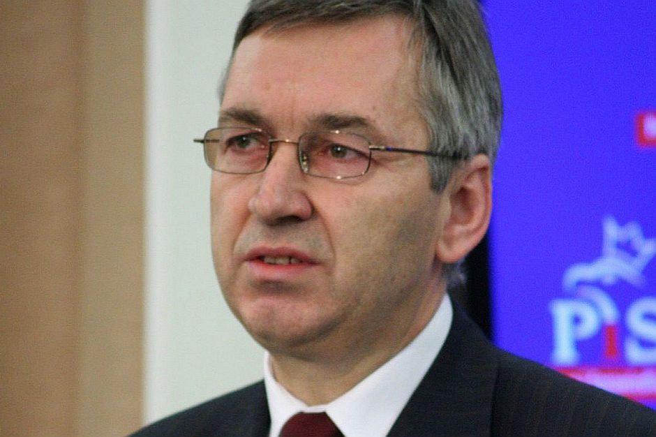 Stanisław Szwed: Absolwenci mają kwalifikacje niedopasowane do rynku pracy