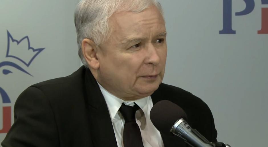 Lider PiS zapewnił, że partia pokaże kandydatów na prezydentów. Nie che zwlekać, źródło: youtube.com