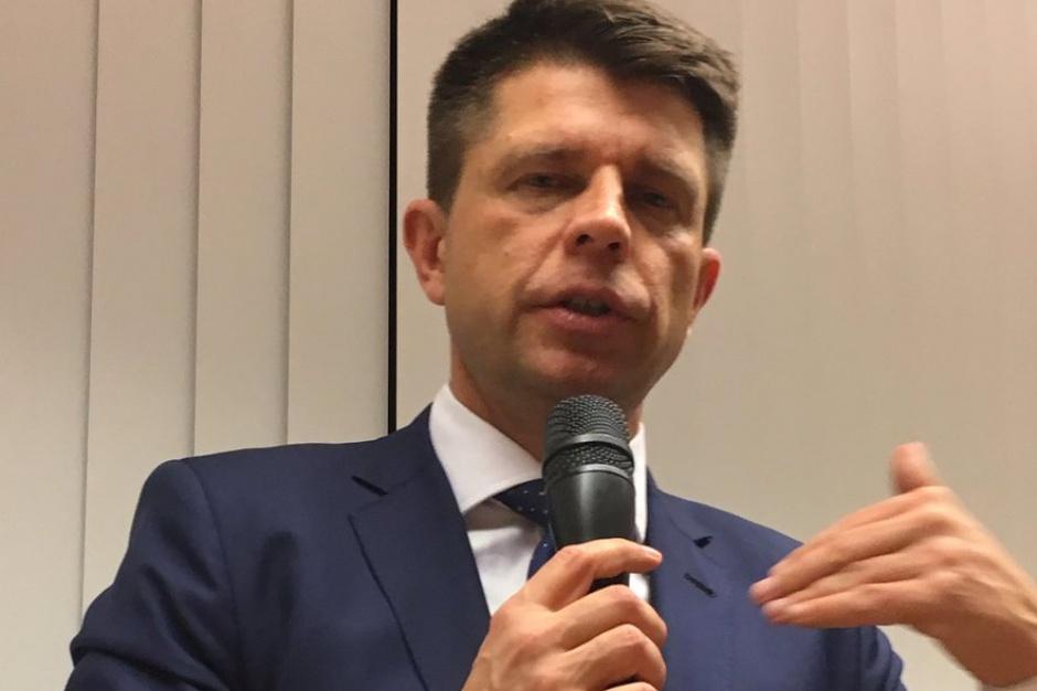 Warszawa. Reprywatyzacja: Petru widzi w Komisji weryfikacyjnej posła Nowoczesnej