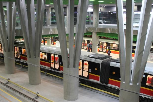 Warszawa chce ułatwić dojazd do metra. Planuje rozbudowę węzłów komunikacyjnych