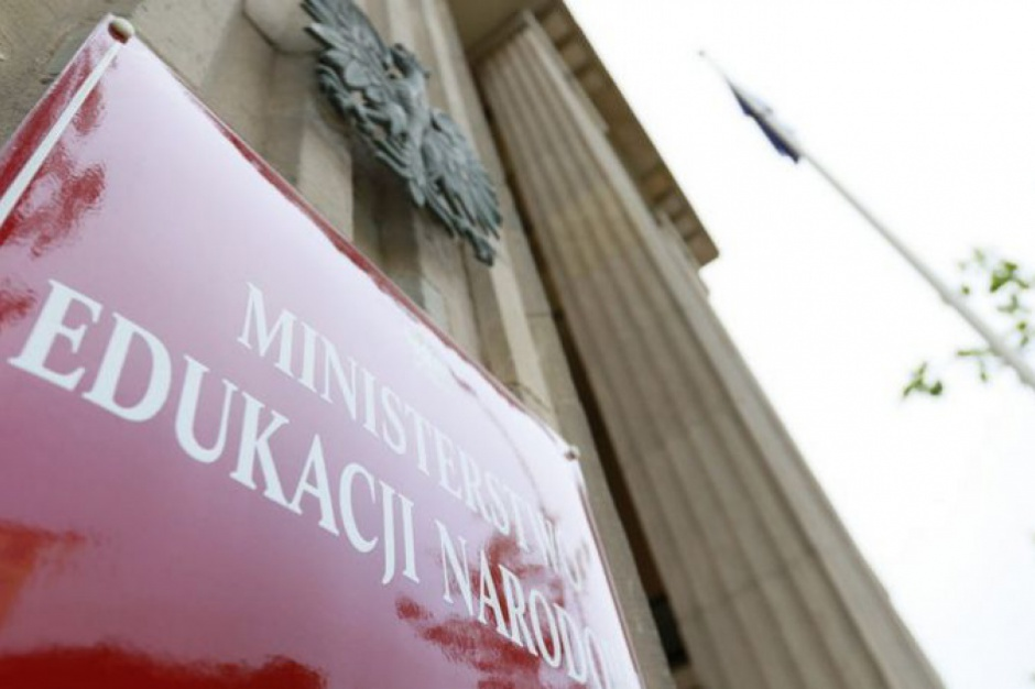 CBOS: Co sądzą Polacy o planowanych zmianach w oświacie?