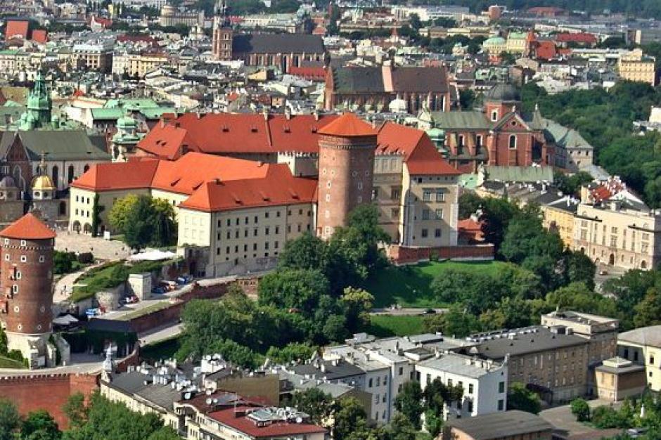 Z problemem reprywatyzacji zmierzą się władze wielu polskich miast