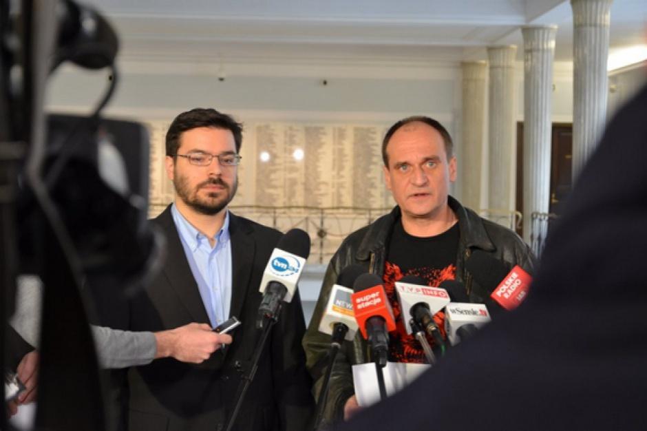 Likwidacja politycznych doradców w samorządach: samorządy wydają na nich miliony złotych
